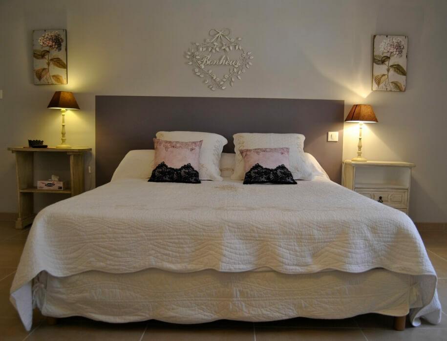 chambre d'hote dans le Var nommée Fleur de Passion à Forcalqueiret