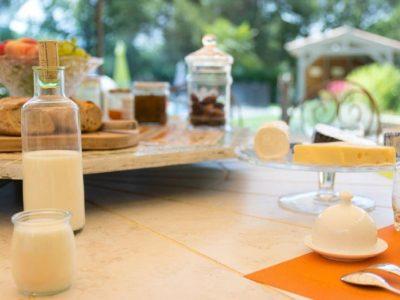 petit déjeuner dans la maison d'hôtes dans le Var